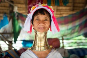 kayan people elongate necks using traction method